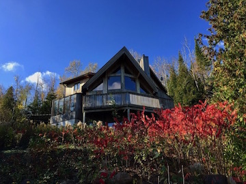 **Hurry! ** Blue Mountains Waterfront Chalet on 6 Private Acres Available for Winter Season