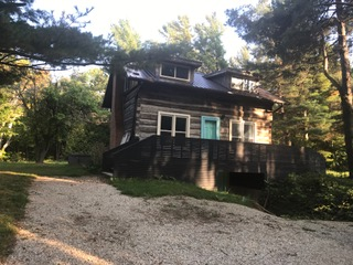 Renovated log cabin available for Seasonal Rental