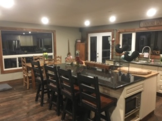 3 BEDROOM RENOVATED HOME 12 MINS. TO BEAVER VALLEY